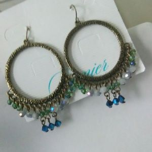 Premiere Design necklace and earrings